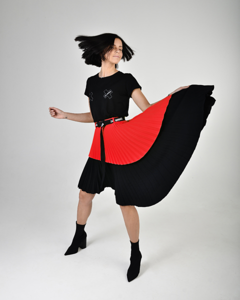 women's red and black pleated skirt